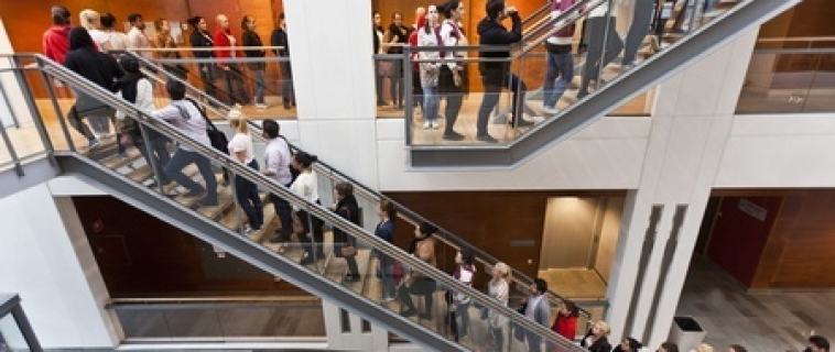 10 Ways to Attract Customers without Spending Any Money